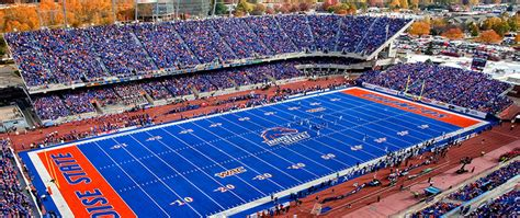 Blue Turf by Boise Idaho Here I Come Boise State Vs Wyoming College