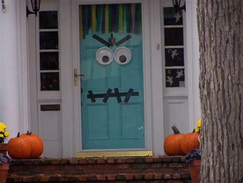 halloween decorations for the home white house with blue wooden door combined with eyes alack