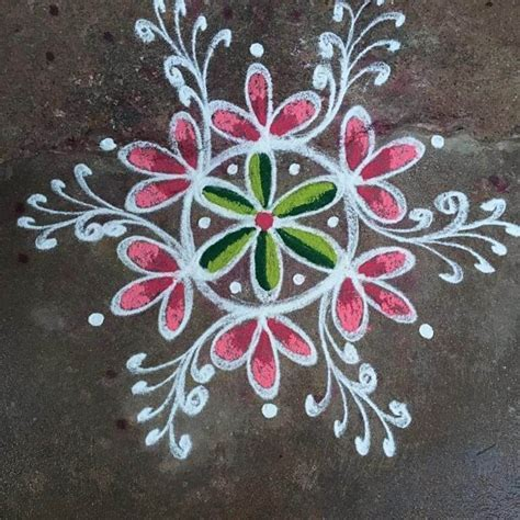 30 Photos of Easy Rangoli Designs & Patterns for Diwali 2019