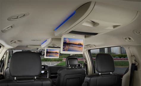 Chrysler Town And Country Interior by 2014 Chrysler Town And Country The Weekend Drive