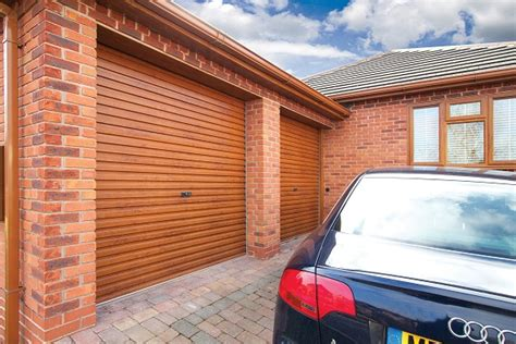 Gliderol Manual Single Skin Roller Garage Door Uk Made by Gliderol Single Skin Roller Door Laminated Finishes
