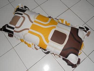 Bantal Cinta Boneka grosir sprey bed cover sarung bantal cinta bantal cinta