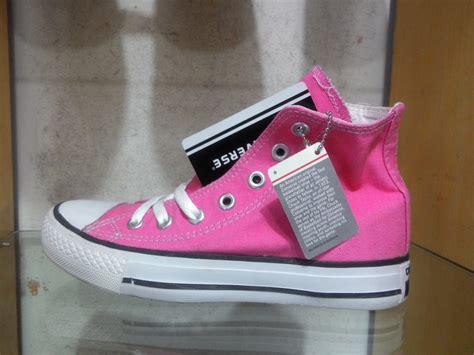 Sepatu Converse Original Wanita grosir sepatu import 081 2313 9421 toko sepatu import