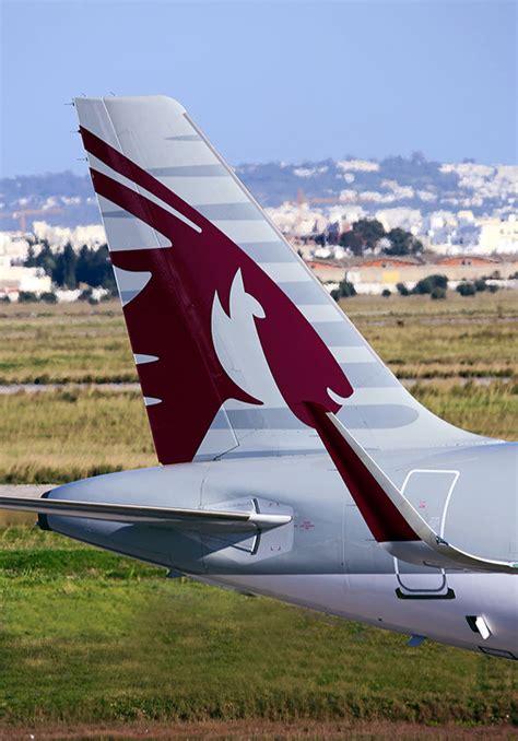 emirates qatar qatar crisis emirates and etihad suspend flights how