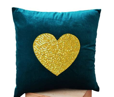 teal colored pillows best 25 teal throw pillows ideas on teal