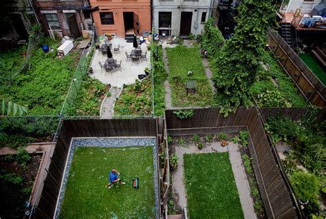 backyard nyc backyard life the new york times gt n y region gt slide