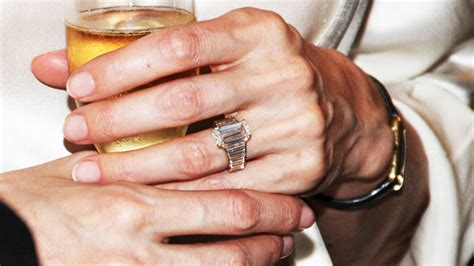 Gwyneth Paltrow Wedding Ring Design by S Engagement Ring Get A Closer Look At