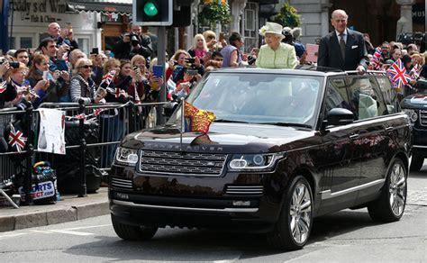 Queen Elizabeth Ii Has The Range Rover Convertible You