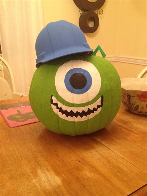 mike wazowski pumpkin template top 25 best mike wazowski pumpkin ideas on