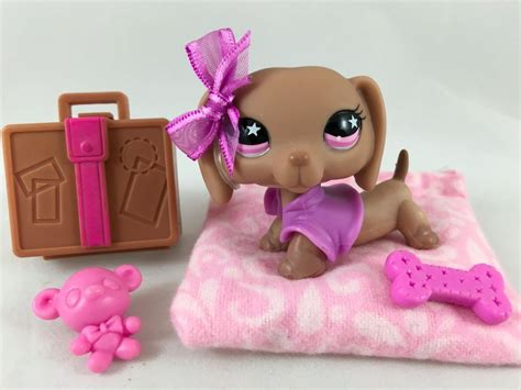 lps beds littlest pet shop rare brown dachshund 932 w pink eyes