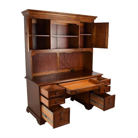 Wooden Desk With Hutch 79 Hammary Furniture Hammary Furniture Wooden Desk With Hutch Tables