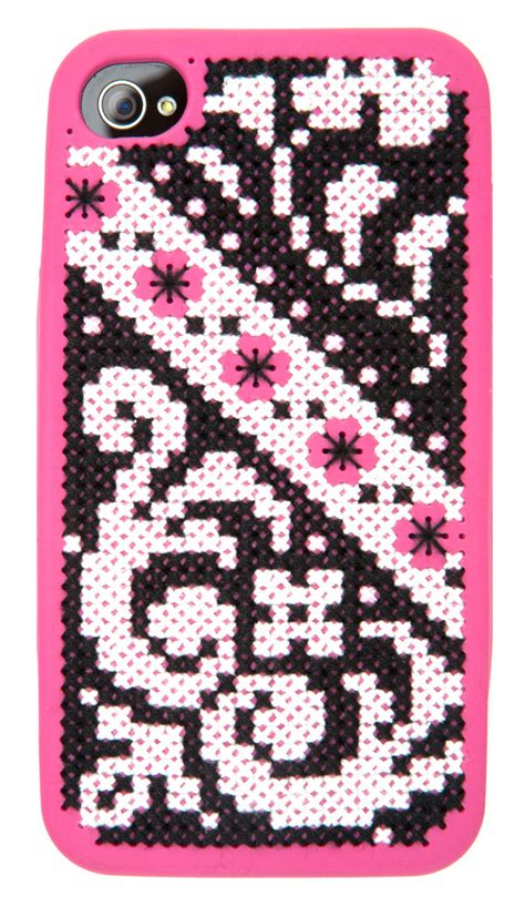Free Iphone 4s Giveaway - allfreeholidaycrafts giveaway iphone cross stitch case favecrafts