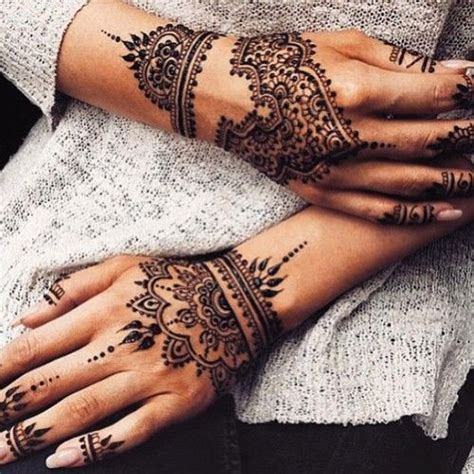 henna tattoo placement best 30 thigh placement images on pinterest other moon