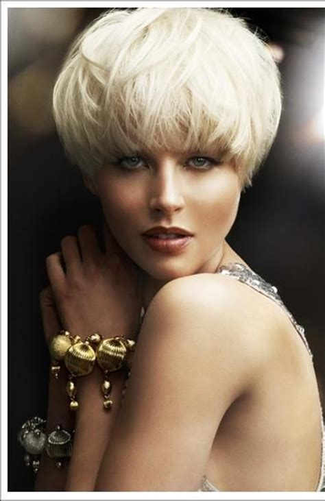 show me classy shoet hair styles texturized classy white blonde mirabellabeauty white