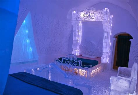 hotel de glace canada hotel de glace a work of art made of ice and snow my