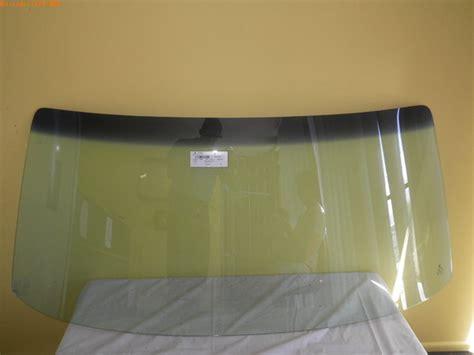 suitablefortoyotahiluxutilitytornfrontwindscreenglass