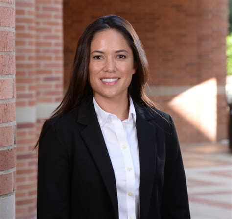 Ucla Mba Profile by Profile Chelsea Dinkins 16 Cmc Networking