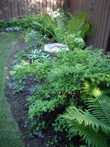 Small Shade Garden Ideas Small Shade Garden Garden Garden Ideas Fern And Hydrangea
