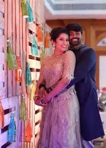 vijay tv ankar priyanka photos downloadwap vijay tv vj priyanka s wedding photos