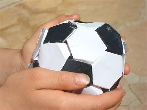 Soccer Origami - origami soccer diy