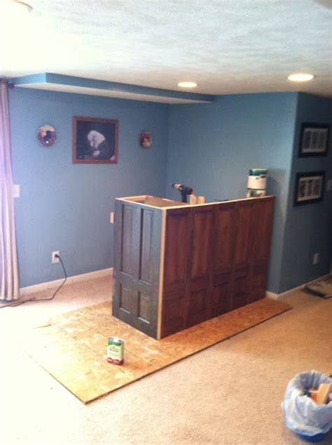 how to build basement bar plans diy homelk com roxanne recycles how to build a home bar on a budget
