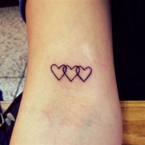 three hearts tattoo designs best 25 small tattoos ideas on