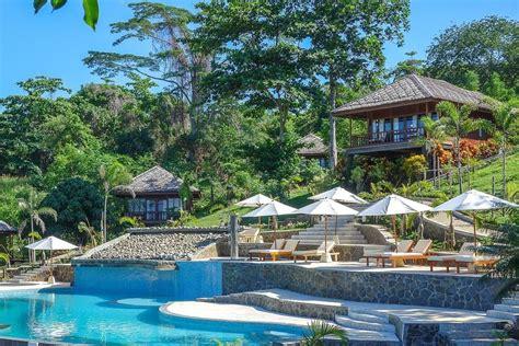 Paket Liburan Tour Bunaken Lembeh Bangka Scuba Diving bunaken oasis dive resort spa sulawesi indonesia