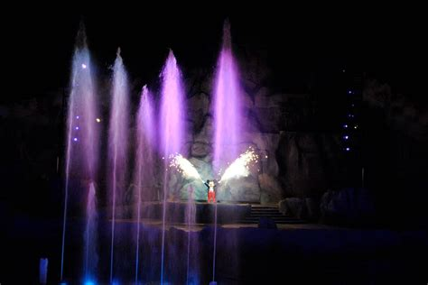 fantasmic seating character meal and fantasmic vip seating stretch your