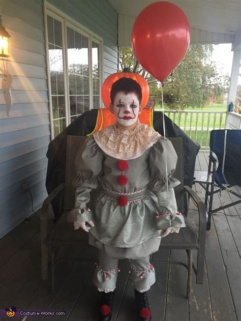 pennywise  costume  minute costume ideas
