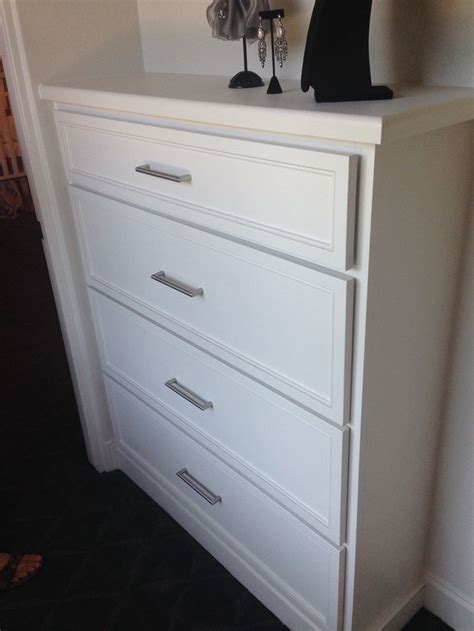 Drawers In Closet by Built In Drawers In Closet Closet Ideas