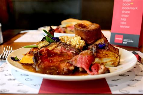 best dinners 10 of the best roast dinners with pudding in