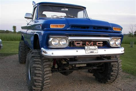 lifted gmc old lifted gmc trucks www pixshark com images