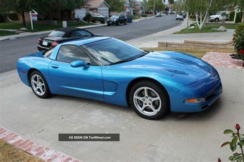 2000 blue corvette 2000 cheverolet corvette coupe nassau blue real