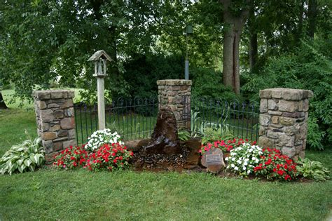 Small Memorial Garden Ideas Building A Memorial Garden Ideas Photograph Memorial S