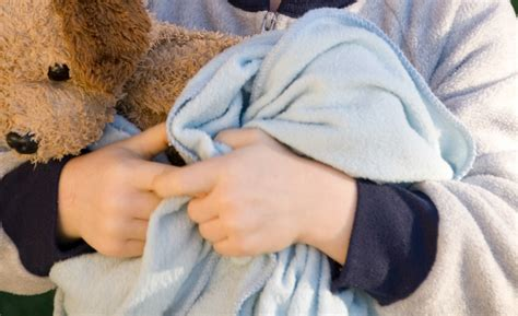 Blanket Excessively by Diy Weighted Blanket 10 Tutorials To Make Your Own
