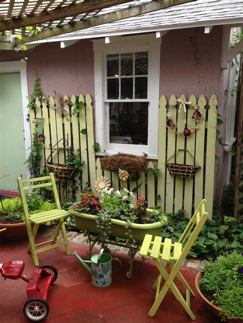 cute backyard ideas cute vintage garden ideas gardening pinterest