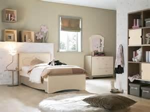 cuartos oscuros barcelona muebles para dormitorios de adolescentes imagui