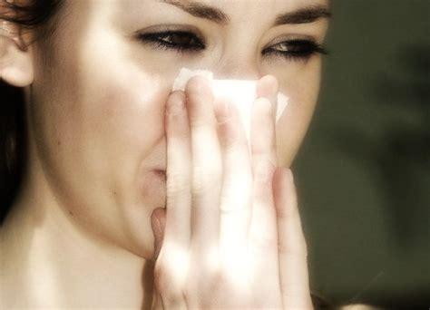 perdite di sangue dal sedere e perdite di sangue dal naso informarea
