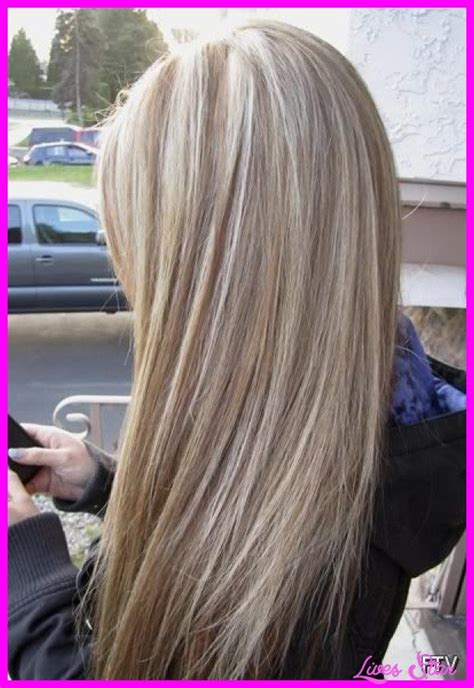 natural blonde hair with lowlights cool brown lowlights in blonde hair lives star