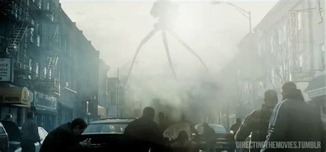 war of the worlds freeman tom cruise cinema gif find on giphy