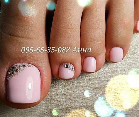 nails and pedicure pink rhinestone toe nail http miascollection