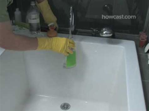 clean bathtub ring how to clean a ring from your bathtub youtube