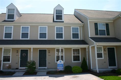 3 bedroom townhomes for sale townhomes for sale in bradford estates harrisburg pa