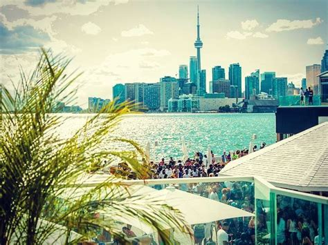 top 10 bars toronto top 10 rooftop bars and patios in toronto ontario travel inspiration