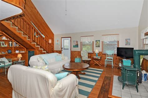 oceanside vacation rental cocoa puff cottage