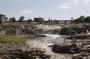 Garden Inn Sioux Falls - falls park just beautiful