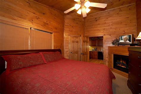 gatlinburg cabins 1 bedroom gatlinburg cabin hide a way 1 bedroom sleeps 6