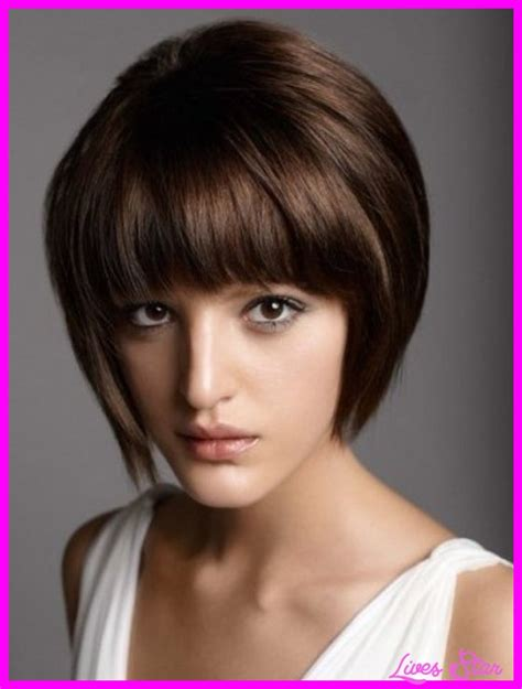 stacked bob haircut with bangs short haircut with straight bangs hairstyles fashion