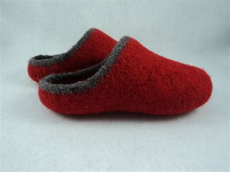 felted slippers pdf womens scuff slippers felted wool knitting pattern