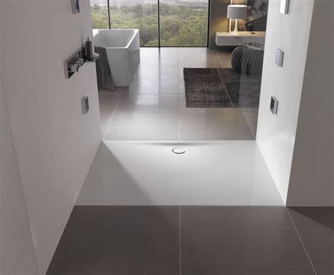 doccia a pavimento 10 idee per cambiare il piatto doccia e rendere pi 249 bello
